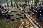reconstruyen artilleria romana batalla alemania harhorn escorpiones catapultas germania kalefeld baja sajonia Gunther Moosbauer 1